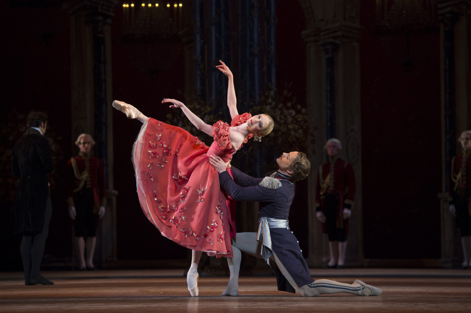 Royal Ballet: Onegin - Copyright ROH / Bill Cooper, 2013. Sarah Lamb and Alexander Campbell