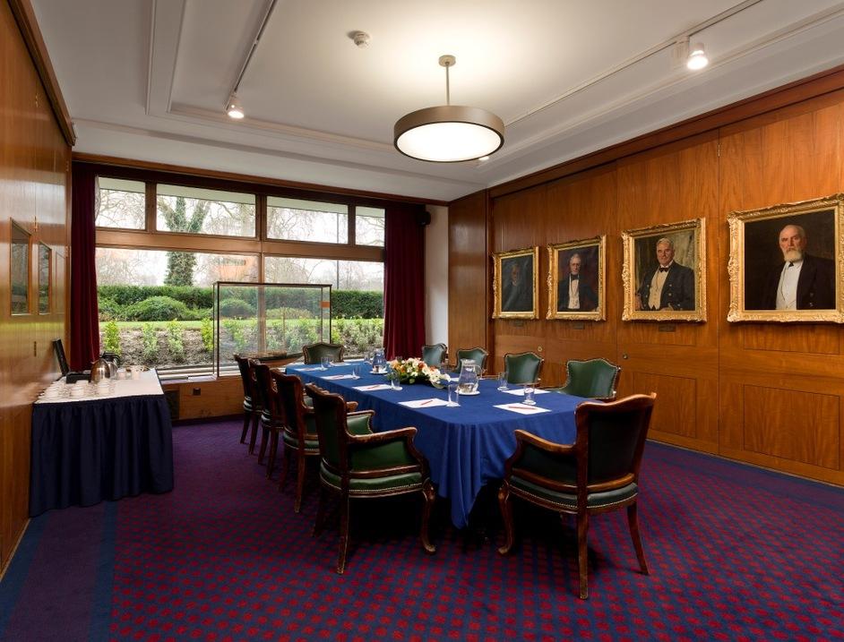 Royal Thames Yacht Club - Queenborough Room