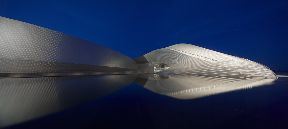 Building Images: The Arcaid Images Architectural Photography Awards - Adam Mork, The Blue Planet