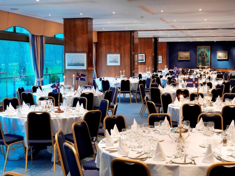 Royal Thames Yacht Club - Mountbatten Suite