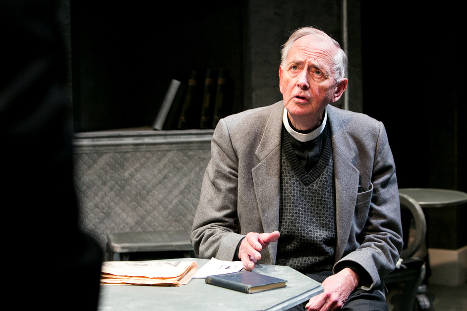 The White Carnation - Benjamin Whitrow. Photo by Mitzi de Margary