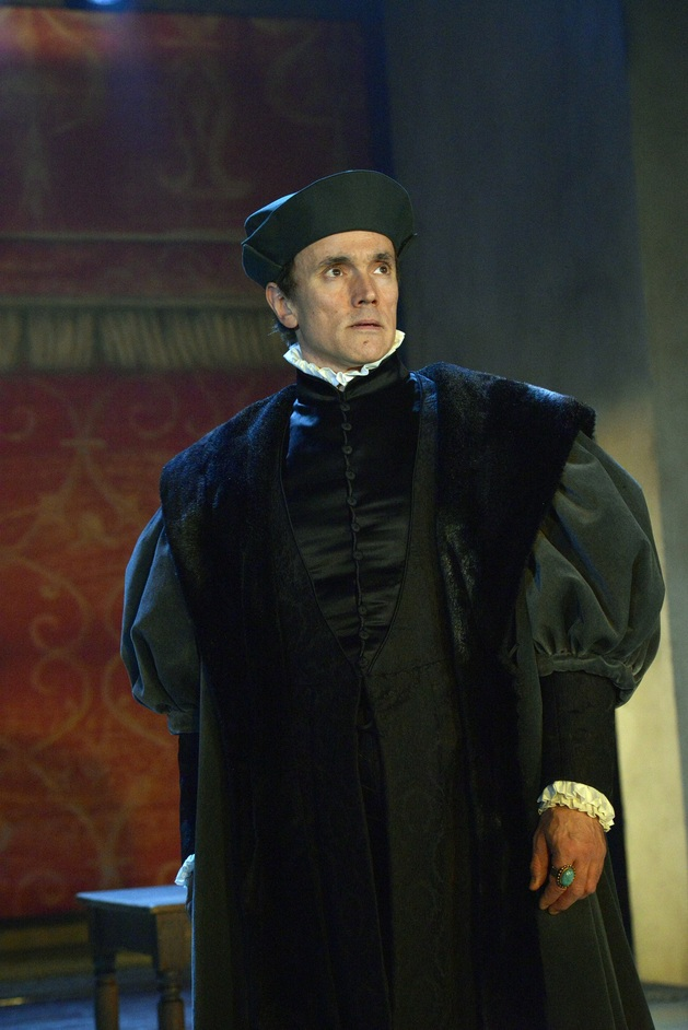 Bring Up the Bodies - Ben Miles (Thomas Cromwell). Photographer Keith Pattison.