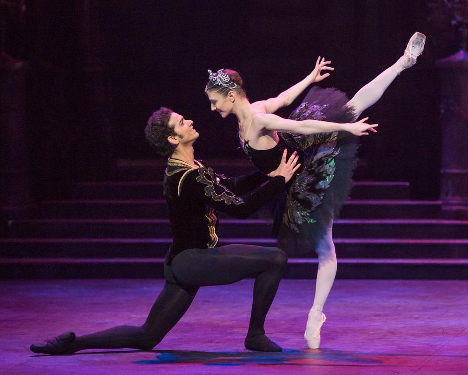 English National Ballet: Swan Lake - Alina Cojocaru and Alejandro Virelles. Photography by ASH
