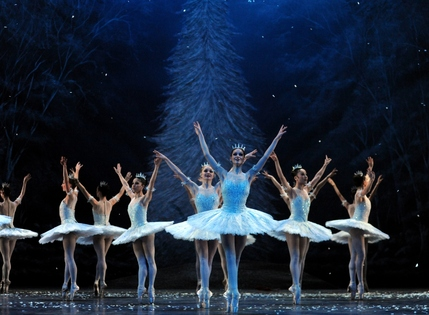 English National Ballet: Nutcracker - Image by Annabel Moeller