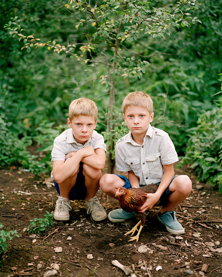 Taylor Wessing Photographic Portrait Prize - Braian and Ryan by Birgit Puve, 2013. Copyright: Birgit Puve