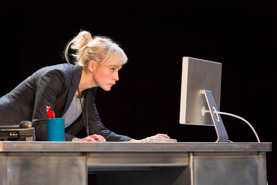 Table - Olivia Vinall - Hilary in the Hard Problem by Tom Stoppard. Image by Johan Persson