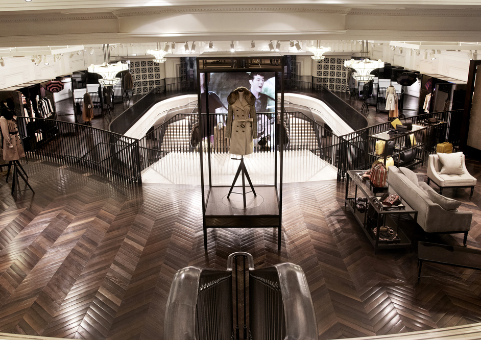 Burberry regent street regent street london shopping Interior design stores london