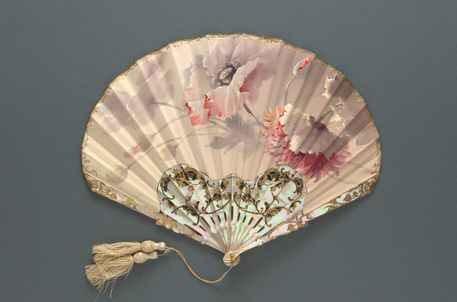 Fans Of The Belle Epoque - Mother of pearl fan, the painted leaf signed BILLOTEY. French (Duvelleroy), c. 1905