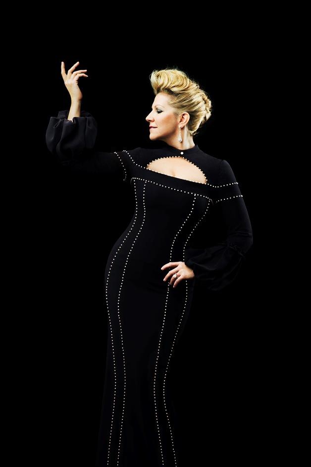 Joyce DiDonato: Into The Fire - Joyce DiDonato, McQueen, 2014, Photo by Pari Dukovic
