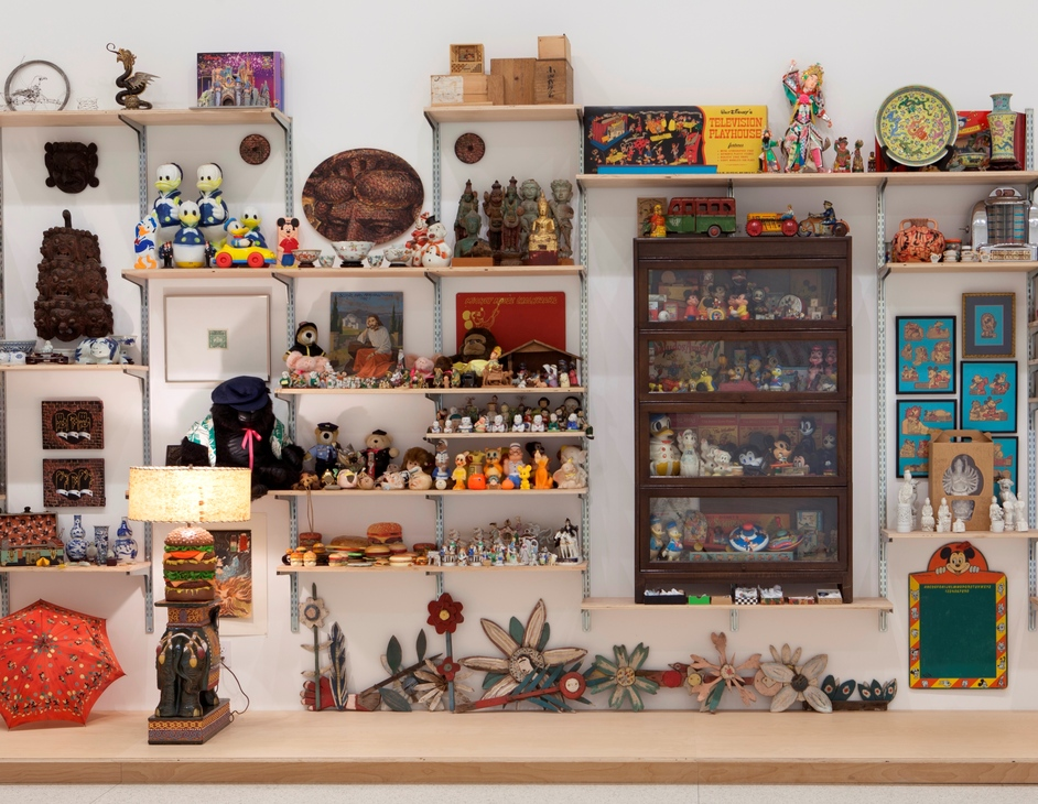 Magnificent Obsessions: The Artist as Collector - Danh Vo. I M U U R 2 (artifacts that belonged to Martin Wong), 2013 (c) Gene Pittman