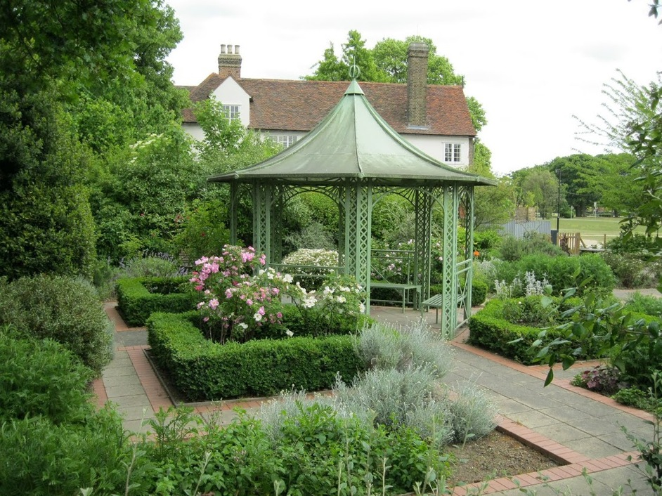 Open Garden Squares Weekend 2015