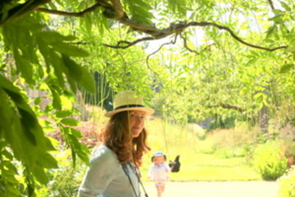 Wild Gardens - Tania Pascoe