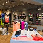 Nike Women's Store hotels title=