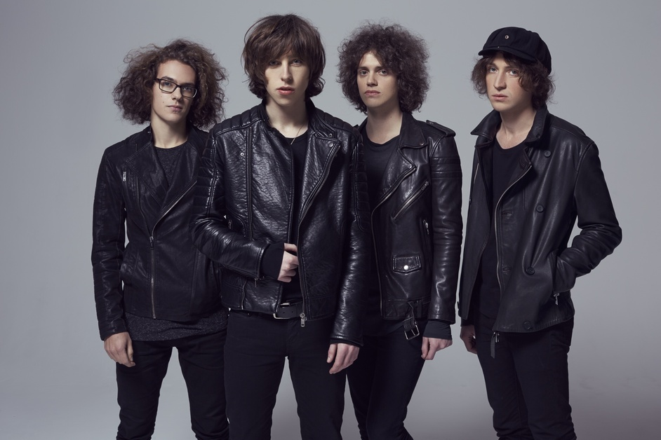 Catfish And The Bottlemen - Catfish And The Bottlemen, photo: Tom Oxley