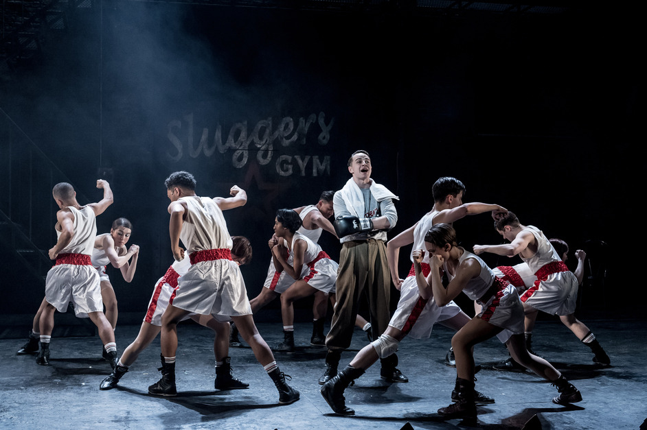 Bugsy Malone - Photo by Manuel Harlan