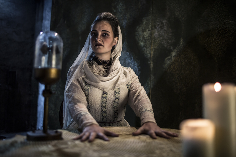Halloween at the London Dungeon: Seance!