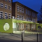 Wendell Park Primary School hotels title=