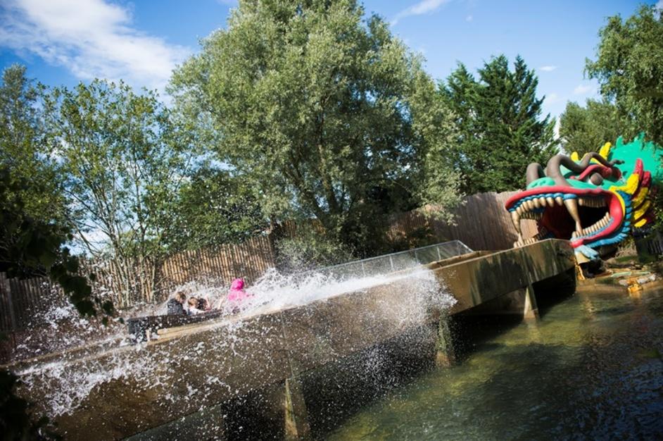 Chessington World of Adventures - Dragon Falls