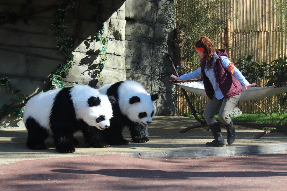 Chessington World of Adventures - Pandamonium Live Show
