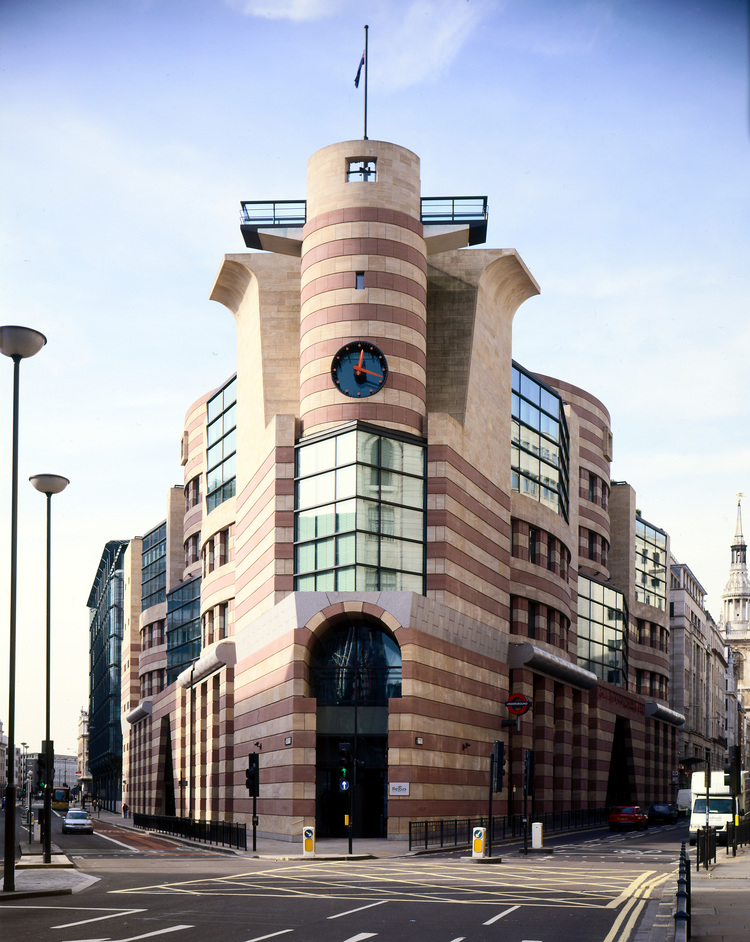Mies van der Rohe & James Stirling: Circling the Square - Number One Poultry (c) Janet Hall/RIBA Collections