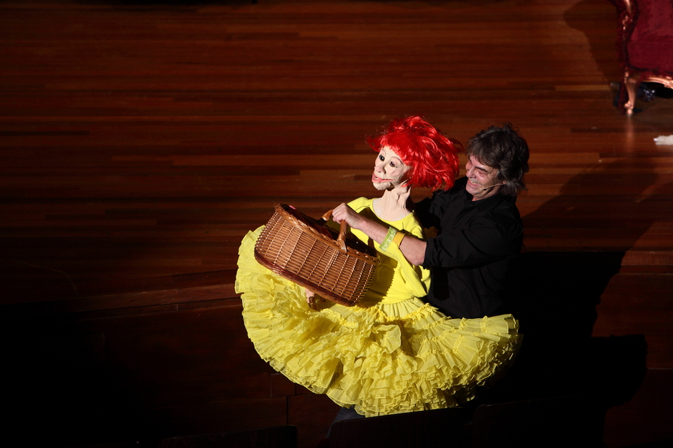 Imagine Children's Festival - Little Red Riding Hood, Theater Gnaffel