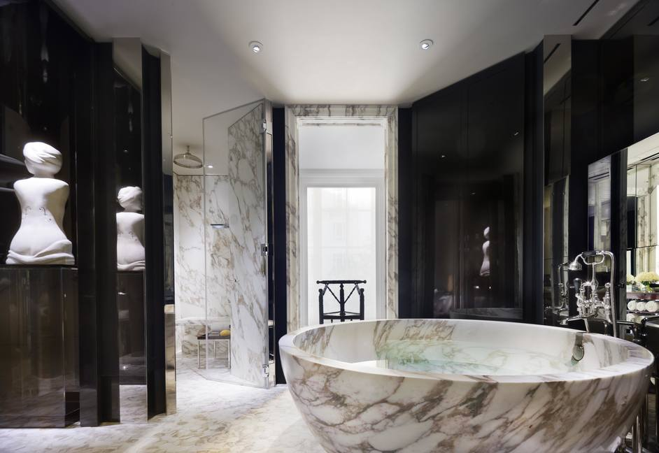 Grand Manor House Wing at Rosewood London - Rosewood London Manor House Suite Master Bathroom