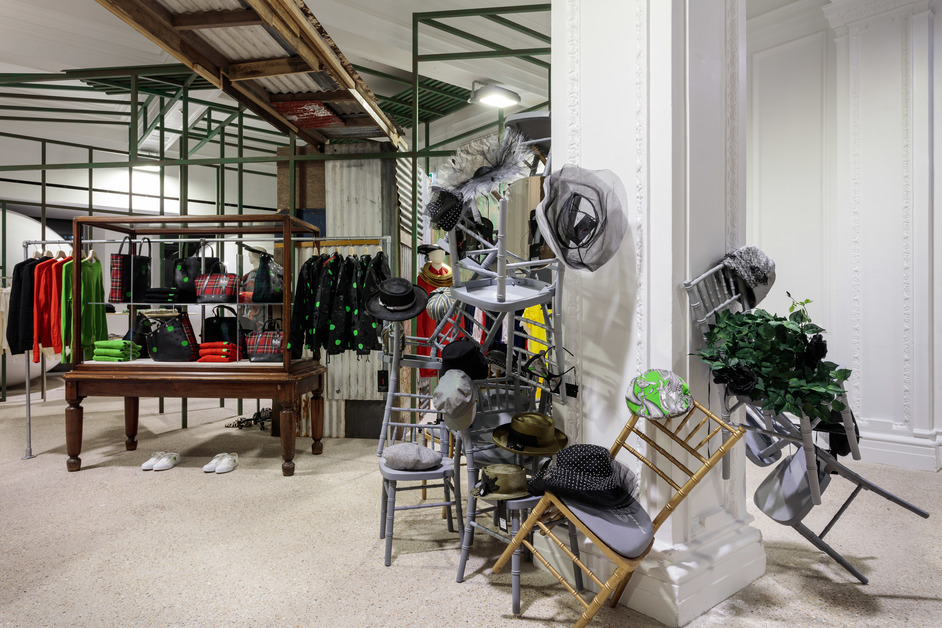Dover Street Market - Stephen Jones and Beatles CDG space