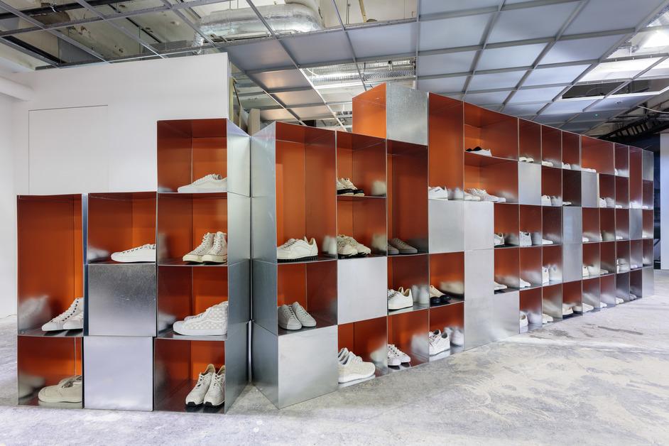 Dover Street Market - Sneaker Space