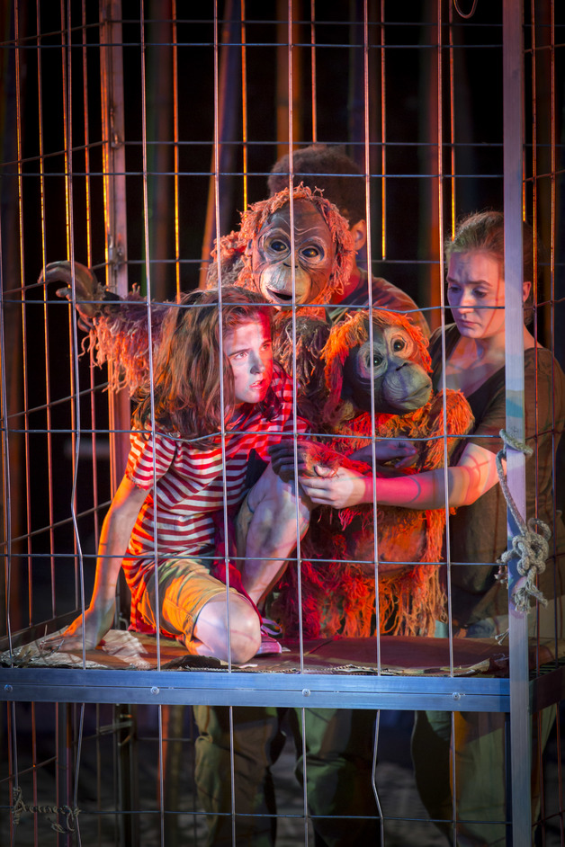 Running Wild - Ava Potter as Lilly with Tonk and Charlie (with Romina Hytten). Photo Johan Persson