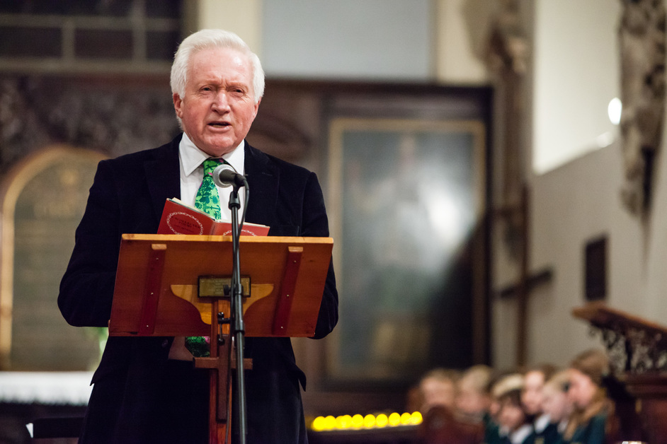Dimbleby Cancer Care: Carols By Candlelight - David Dimbleby