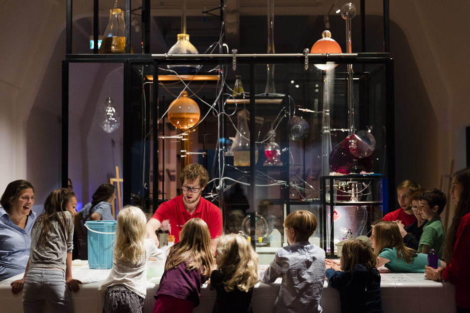 Wonderlab: The Statoil Gallery - Chemistry Bar with visitors taking part in experiments (c) Plastiques Photography