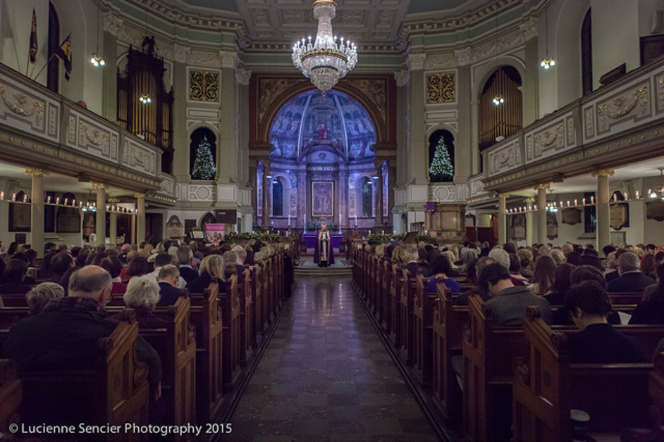 The Sick Children's Trust Christmas Carol Service - St Marylebone Parish Church. Photo (c) Lucienne Sencier Photography, 2015