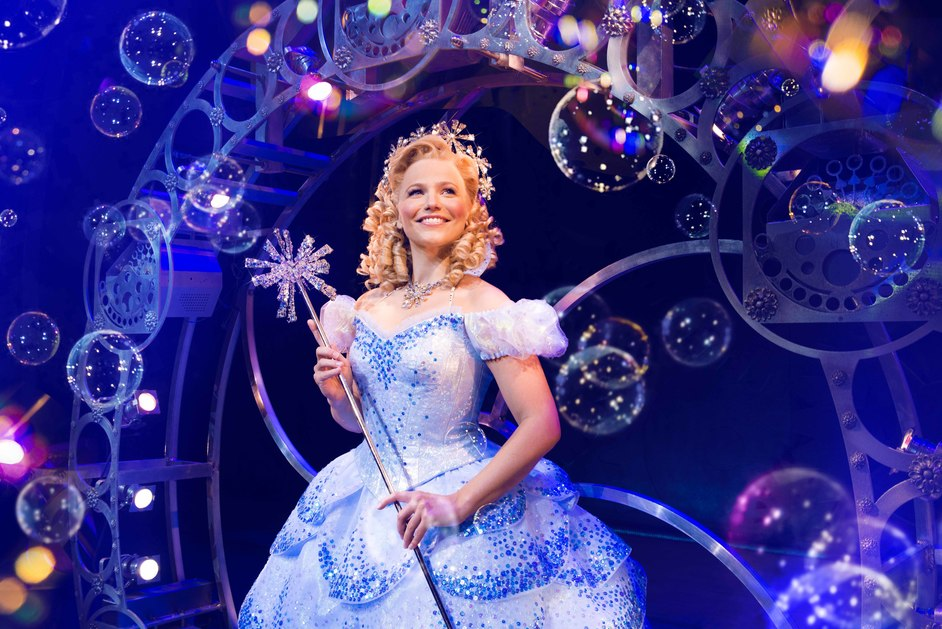Wicked - Suzie Mathers as Glinda. Photo Matt Crockett