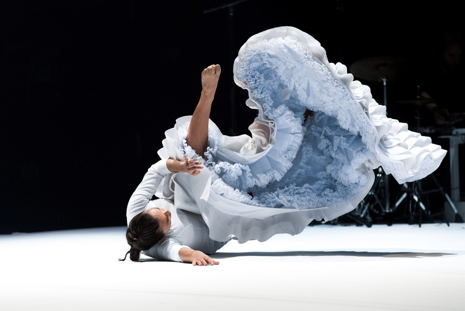Dance Umbrella - Rocio Molina, Fallen from Heaven, image: djfrat