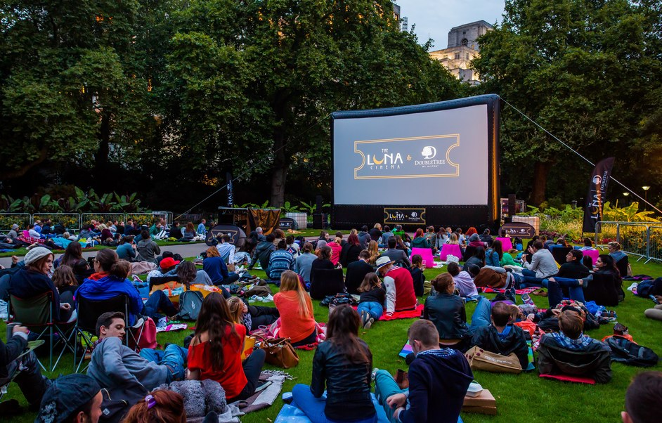 The Luna Cinema - Victoria Embankment Gardens - Big