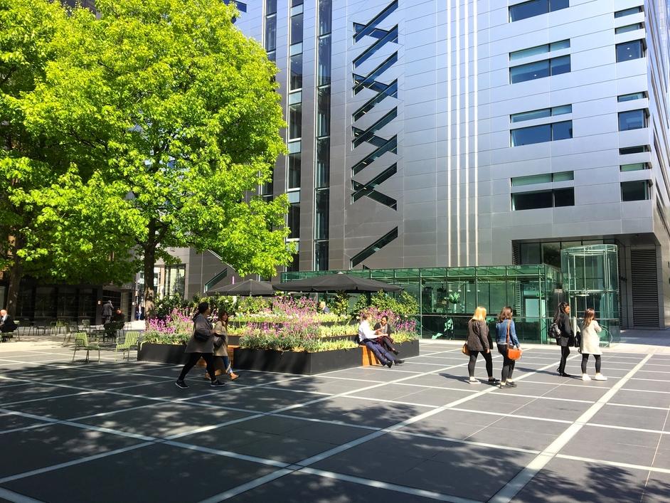 Finsbury Avenue Square