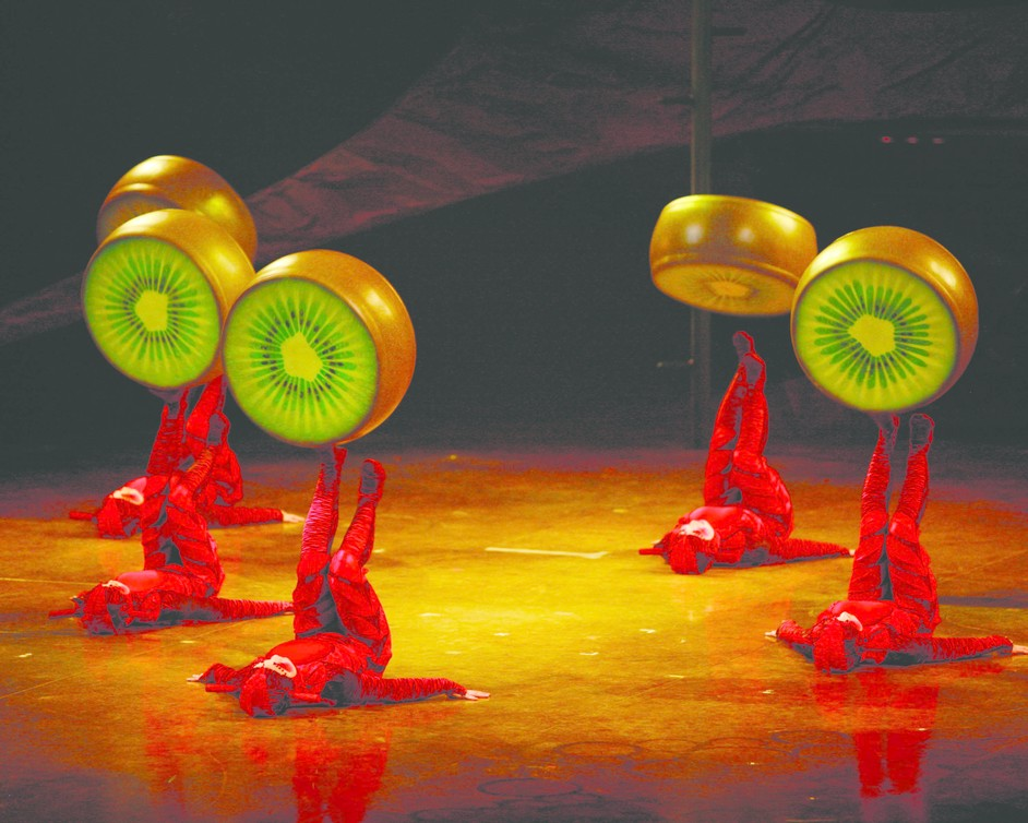 Cirque Du Soleil: Ovo - Picture by Benoit Fontaine, 2009, Cirque du Soleil Inc