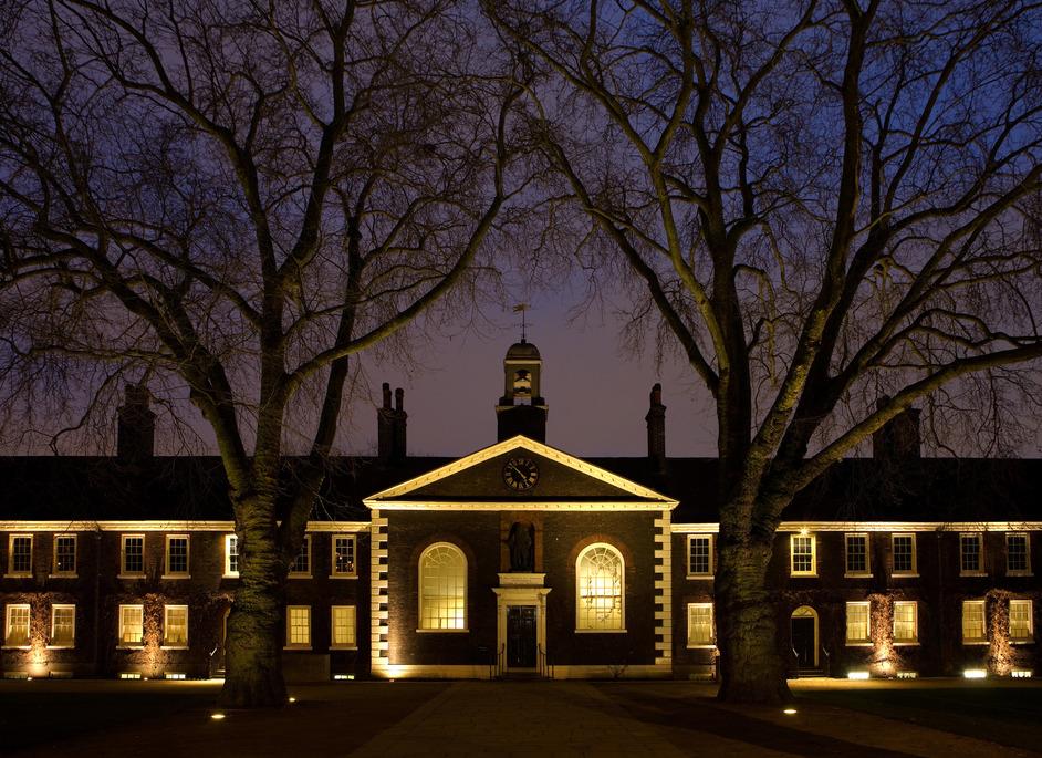 Geffrye Museum - Geffrye Museum at night, photo: Jayne Lloyd