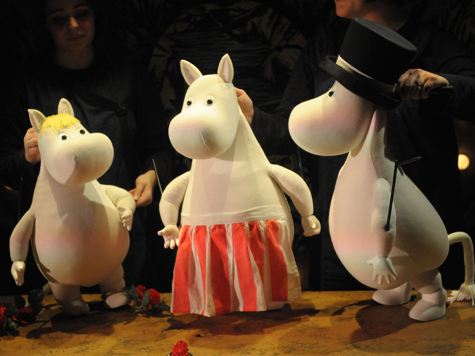 Moomin Winter Weekend - A Moomin Winter's Day - The Polka Theatre Moomin puppets