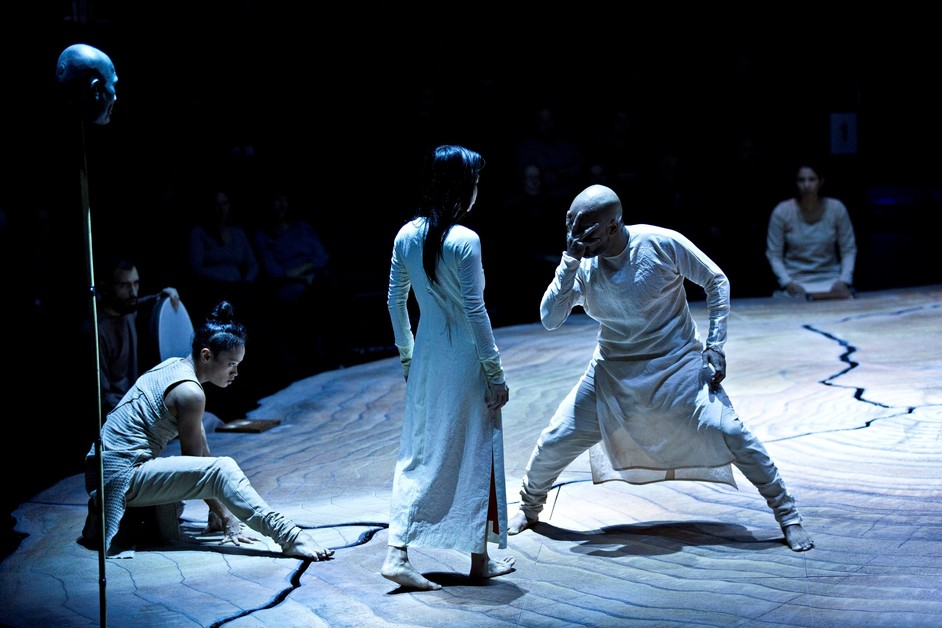 Akram Khan: Until The Lions - photo ©Jean Louis Fernandez