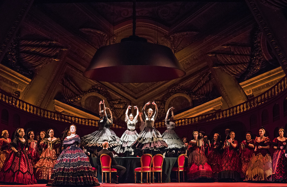 Royal Opera: La Traviata - La traviata © ROH 2016, photo: Tristram Kenton