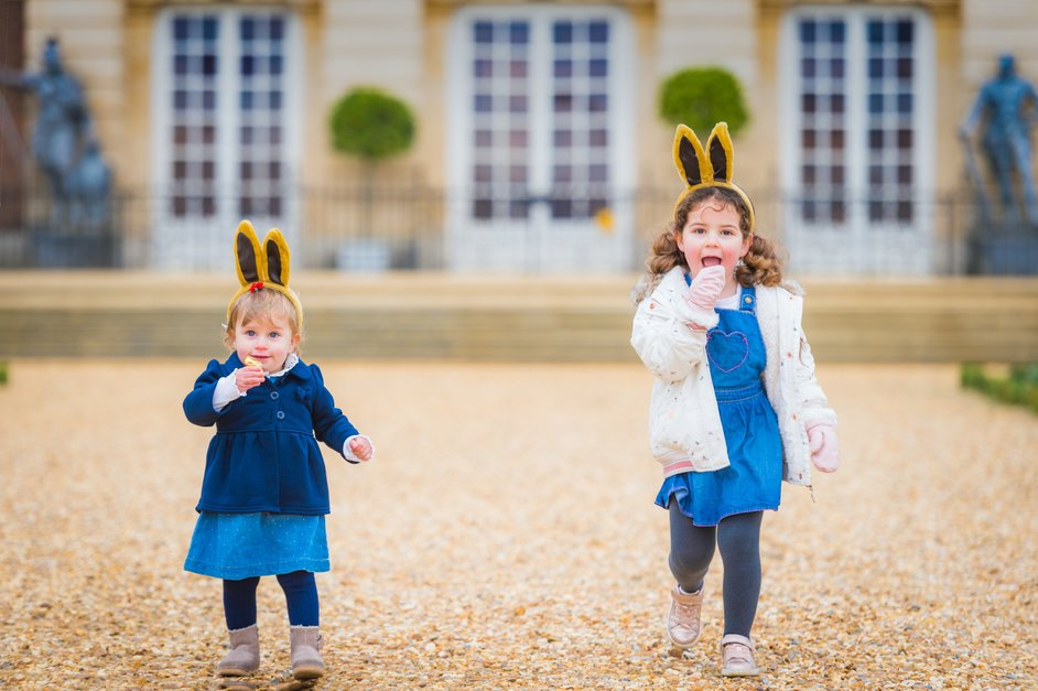 Lindt Gold Bunny Easter Hunt - © Lindt