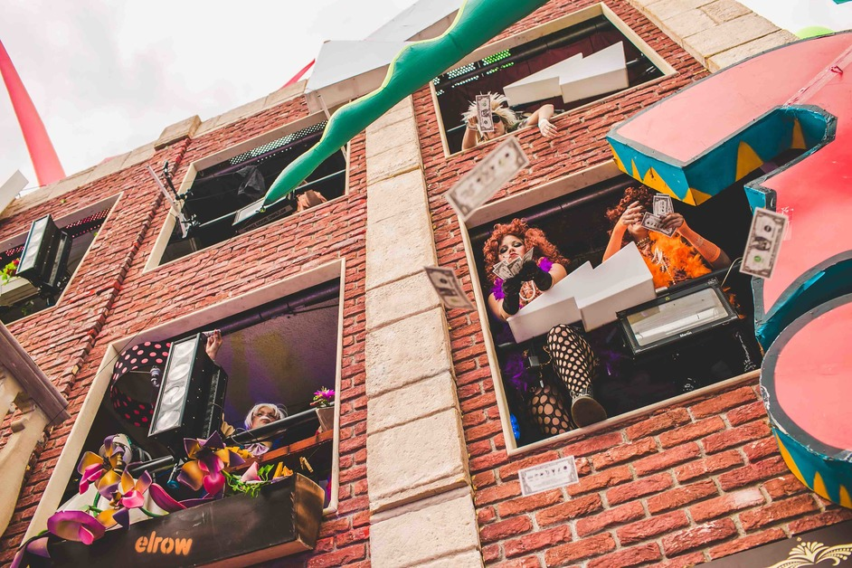 Elrow Town