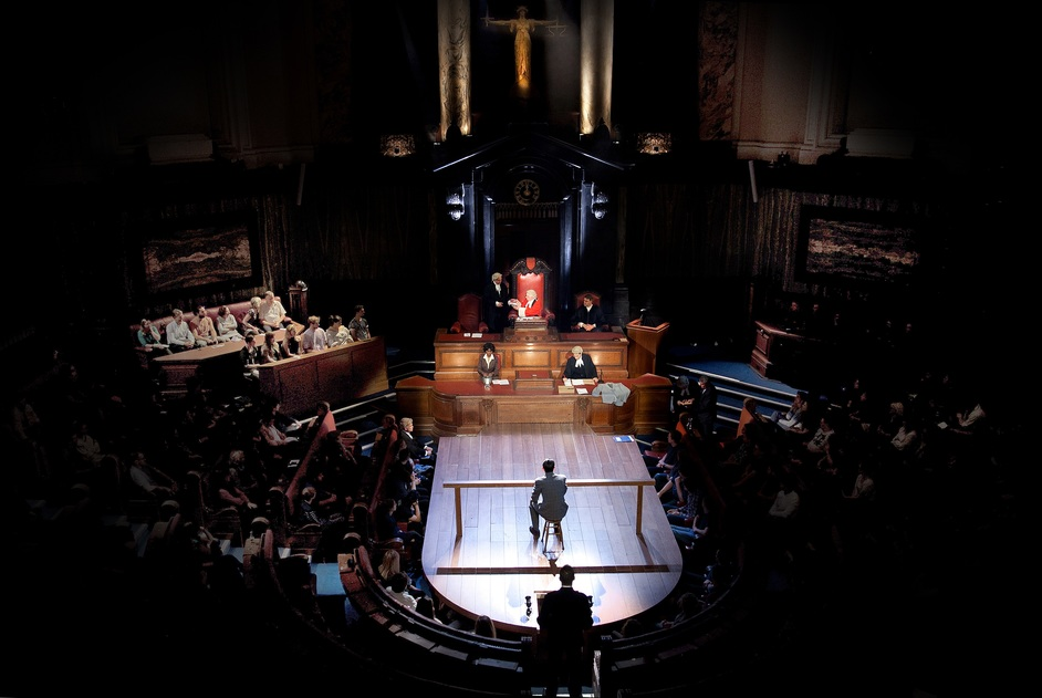 The Debating Chamber, County Hall - The cast in Witness for the Prosecution, Debating Chamber, County Hall, photo: Sheila Burnett
