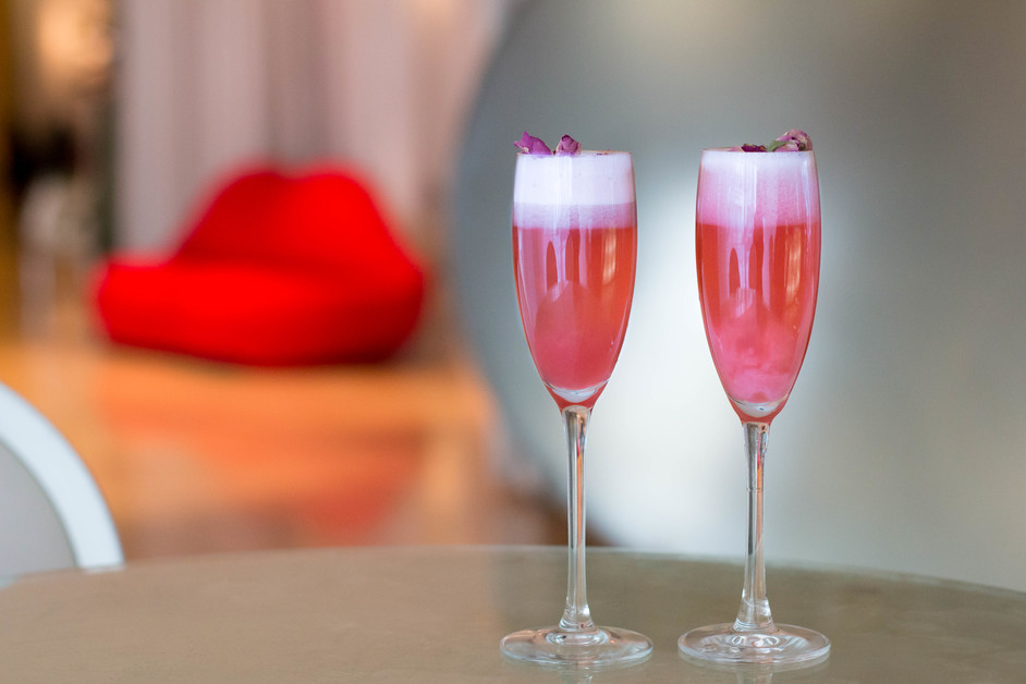 Valentine's Day at Sanderson - Valentine's cocktails at The Long Bar