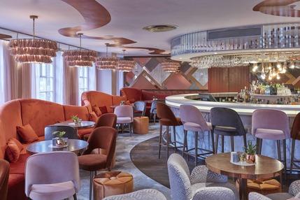 Harvey Nichols, Fifth Floor Bar