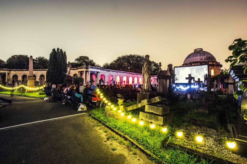 Nomad Cinema: Brompton Cemetery - photo: Nomad Cinema