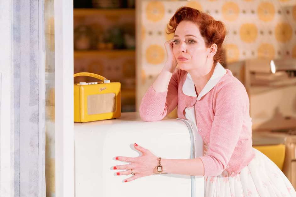 Home, I'm Darling - Katherine Parkinson as Judy in Home, I'm Darling. Photo © Manuel Harlan