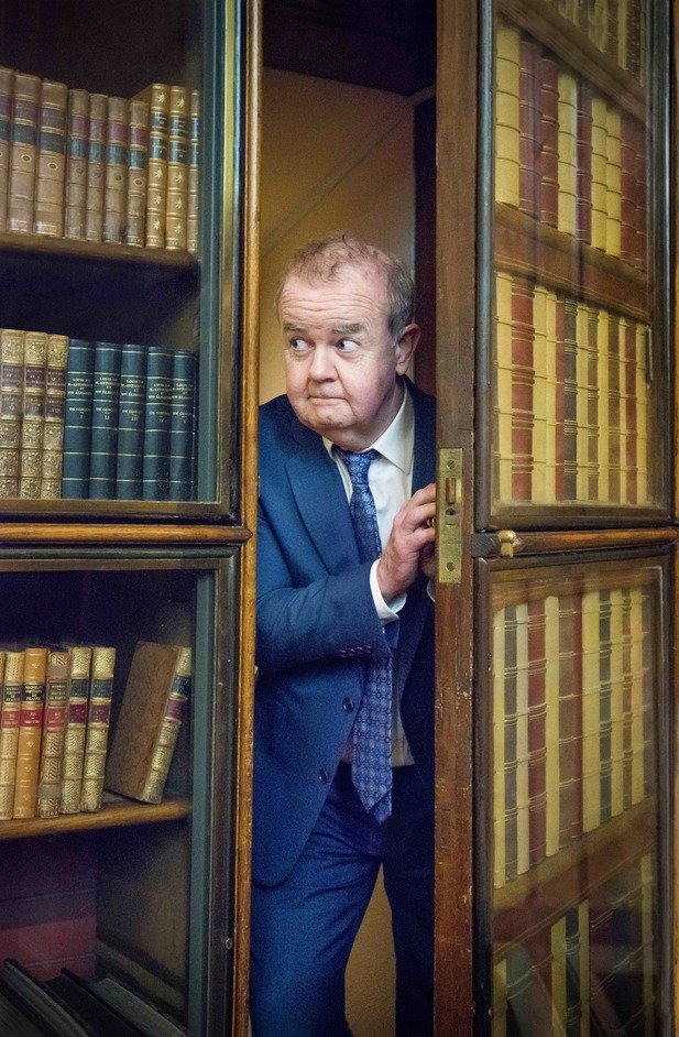 I Object: Ian Hislop's search for dissent - Ian Hislop explores the British Museum's Enlightenment Gallery. J.Fernandes/D.Hubbard © Trustees of the British Museum