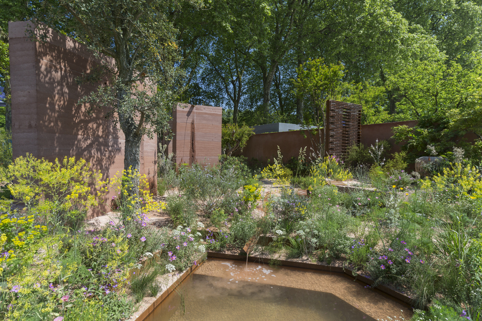 RHS Chelsea Flower Show - The M&G Garden by Sarah Price, gold medal winner, RHS Chelsea Flower Show 2018 © RHS